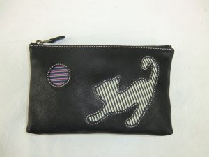 leatherpouch 4