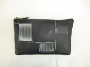 leatherpouch 2